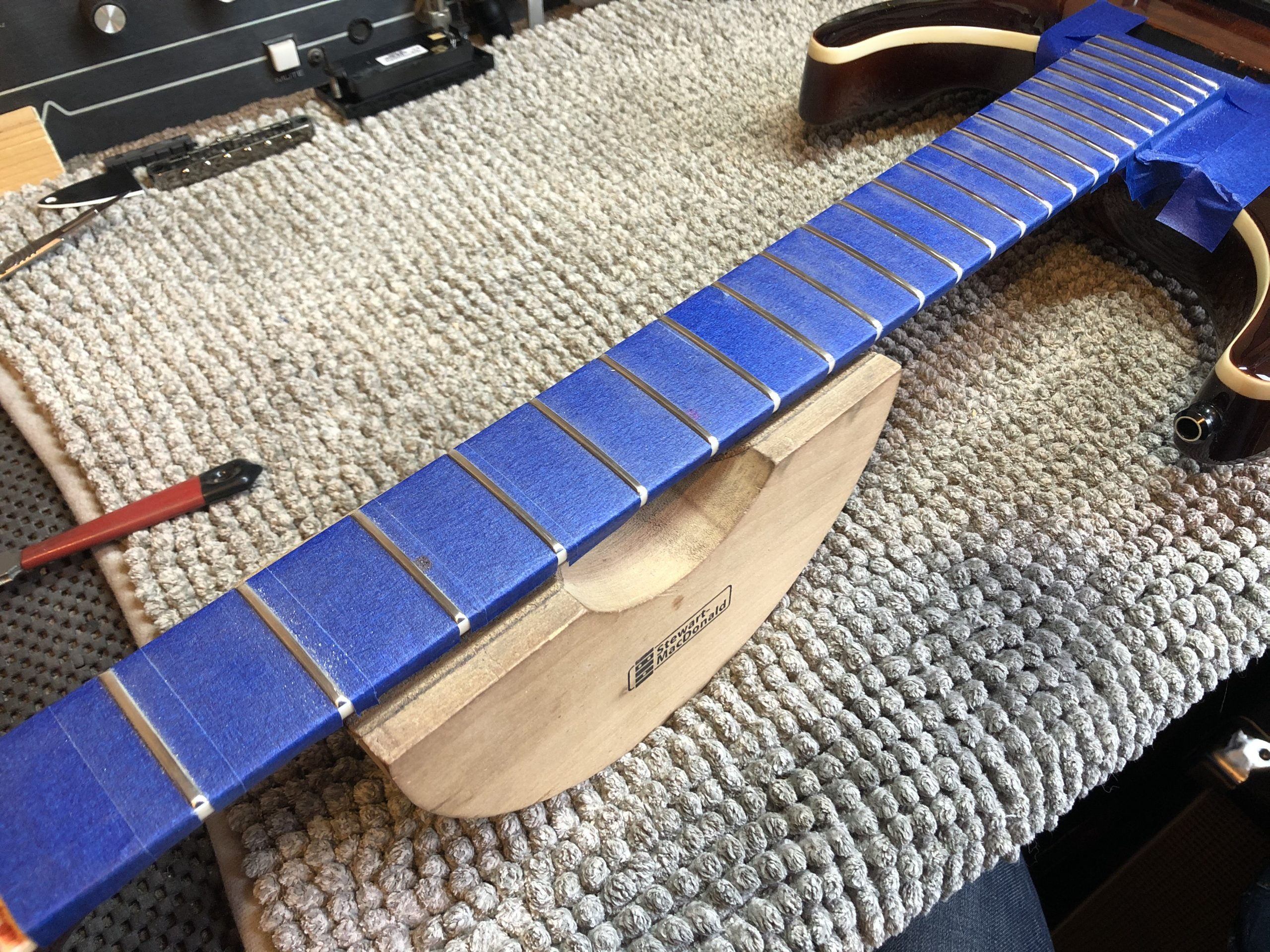 Crowning frets