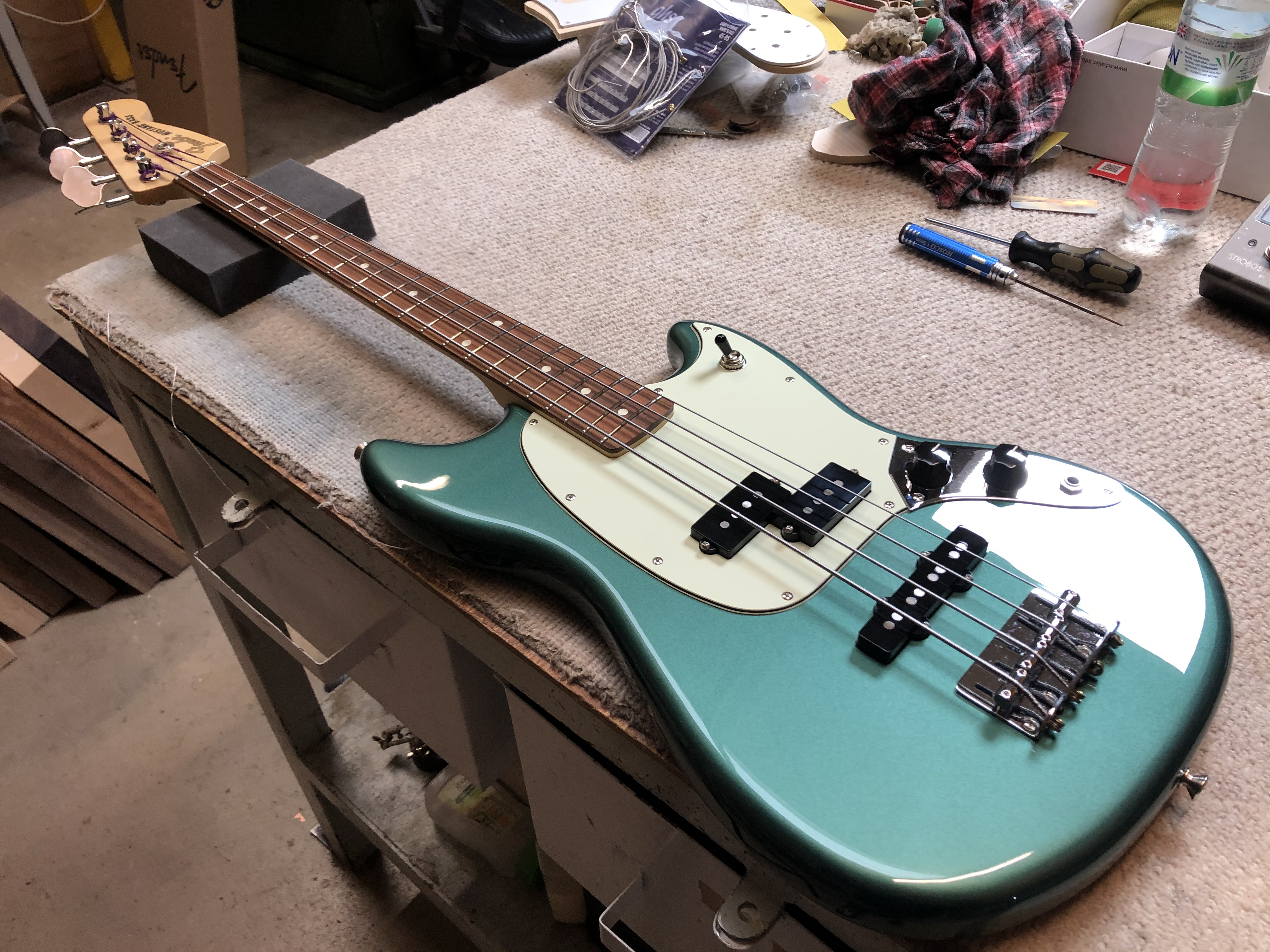 Setup on Fender Mustang PJ Bass