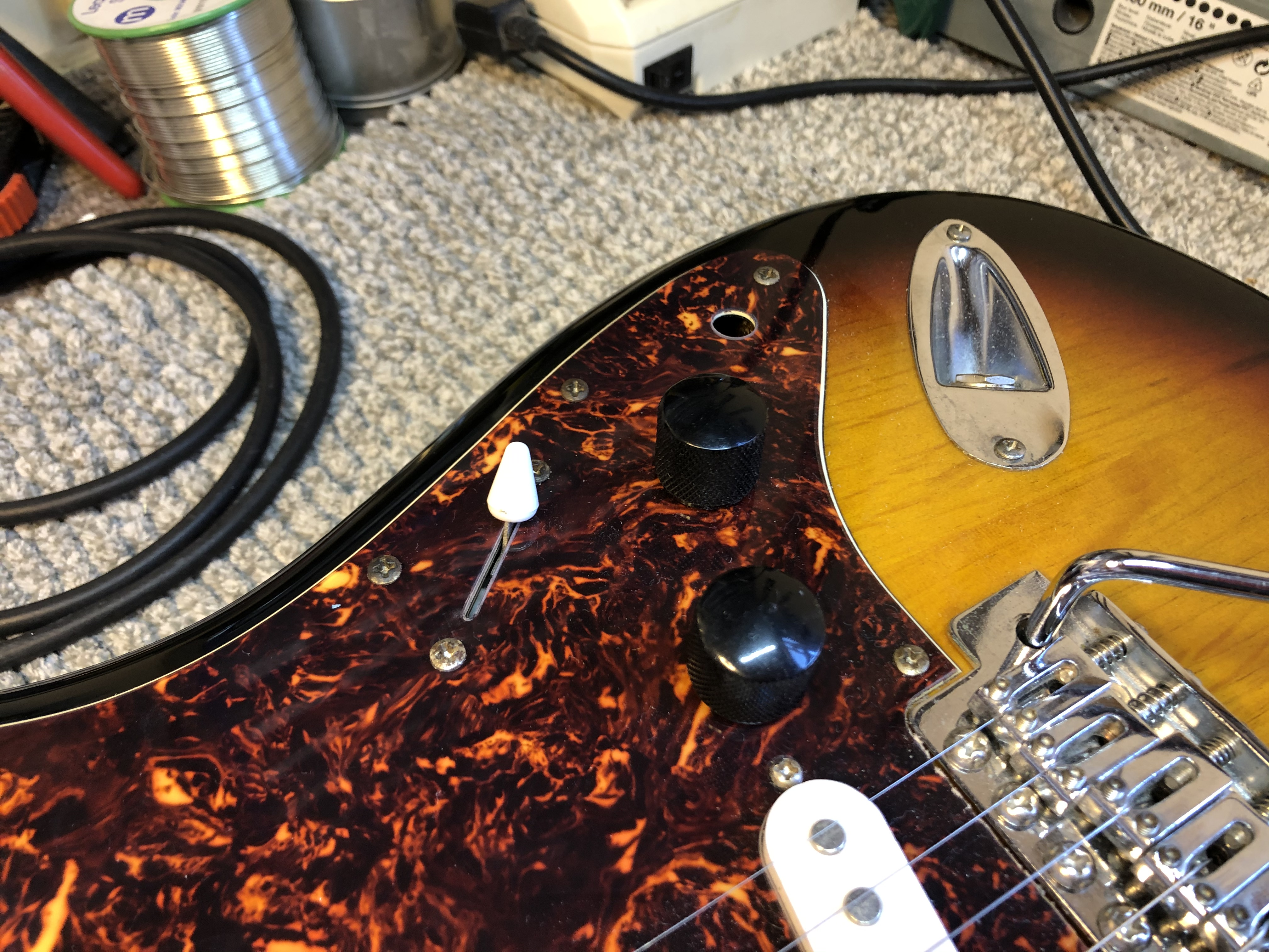 Squire Strat Wiring Repair and Re-string